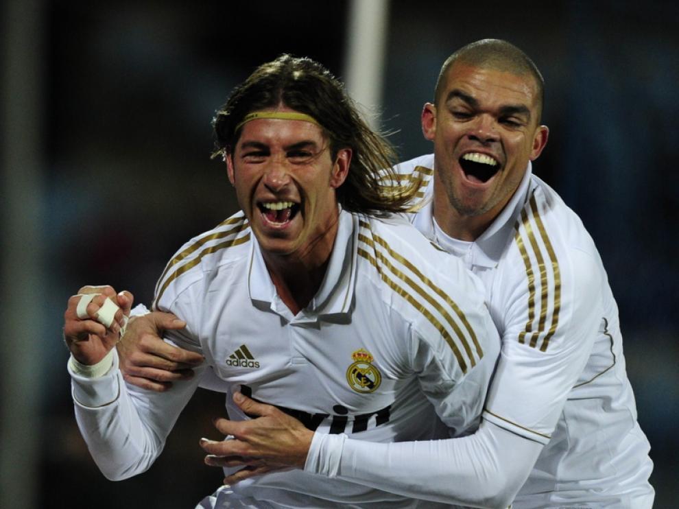Ramos celebra su gol junto a Pepe
