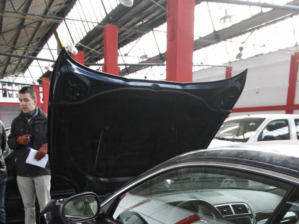 Otro coches sufrieron daños