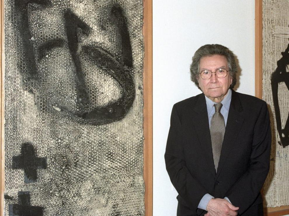 Foto de archivo del artista Antoni Tápies.