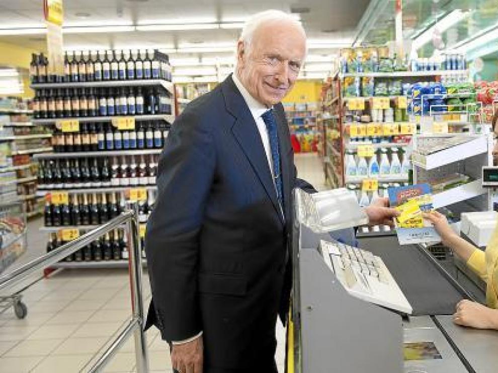 Leopoldo Abadía, durante el rodaje del anuncio de la campaña 'Ahorro HERALDO'.