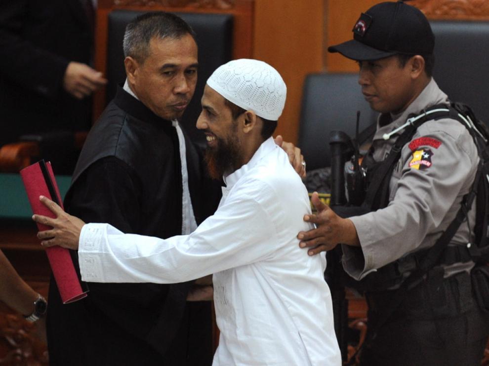 'Abu Qatada', mano derecha en Europa del difunto líder de Al Qaeda, queda en libertad.