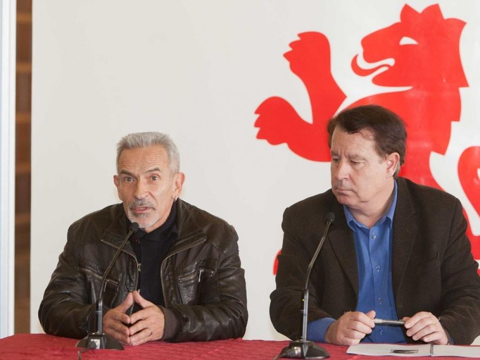 Ullate, con Blasco, en rueda de prensa