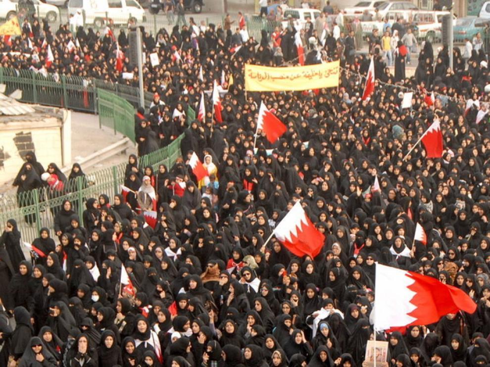 El primer aniversario de la revuelta origina marchas multitudinarias
