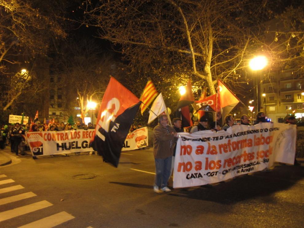 Manifestación por las calles de Zaragoza