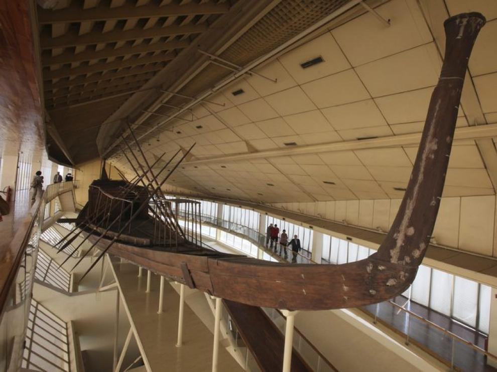 Restos de la segunda barca solar del más poderoso de los faraones egipcios, Keops