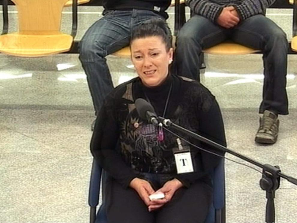 La madre de la niña asesinada durante el juicio contra los etarras.