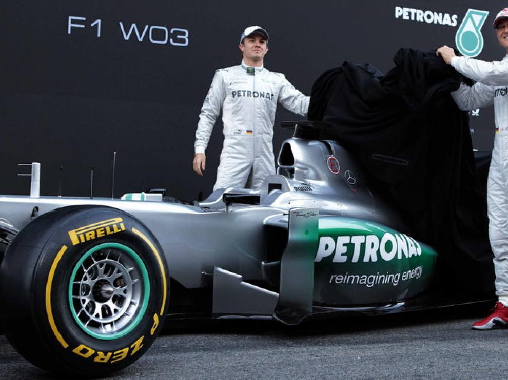Schumacher y Rosberg, con el nuevo Mercedes