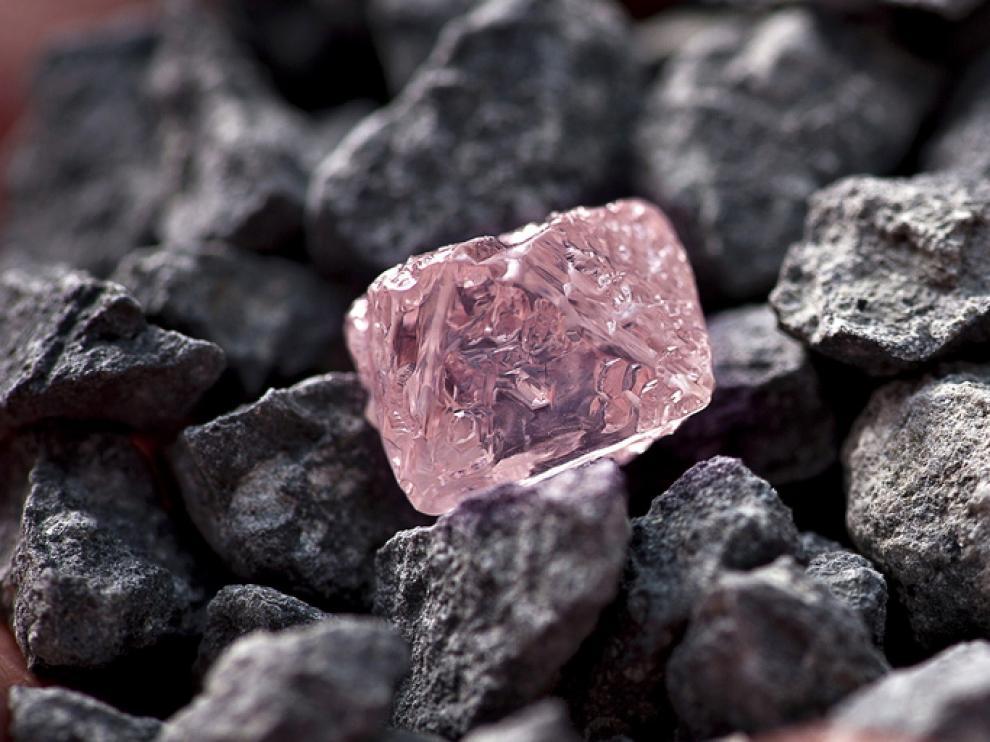 El diamante puede alcanzar un precio próximo a los 7,9 millones de euros