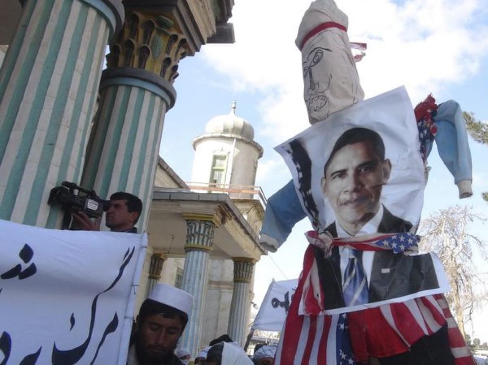 Protestas en Afganistán por la quema de coranes