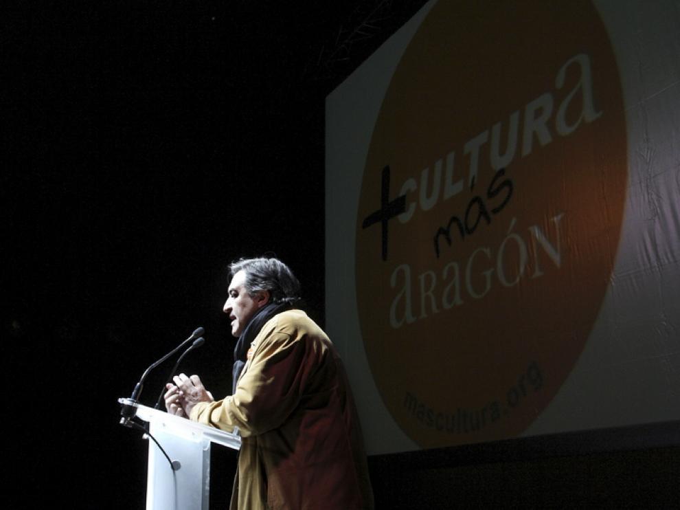 El escritor José Luis Corral