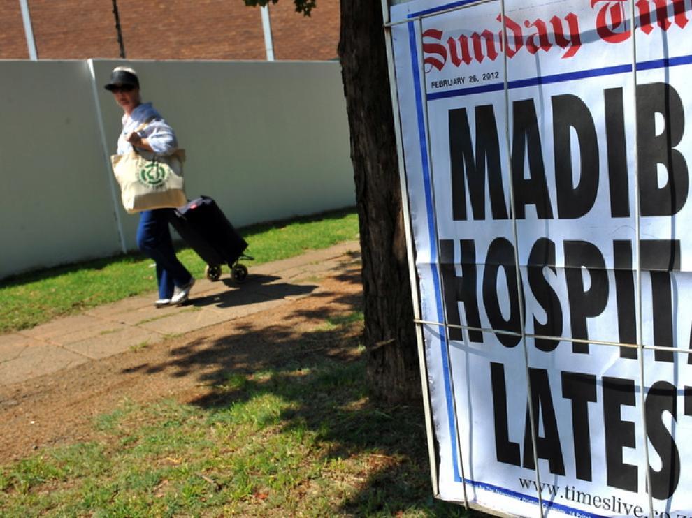La prensa sudafricana sigue de cerca el ingreso de Mandela