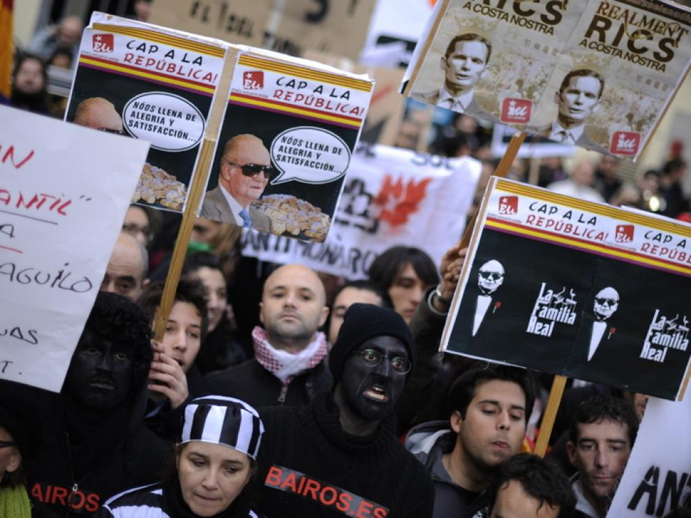 Protestas a las puertas de los juzgados