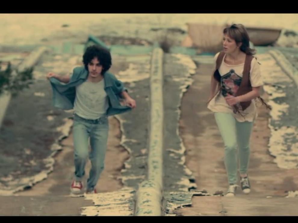 Imagen del videoclip 'Cuando suba la marea' de Amaral