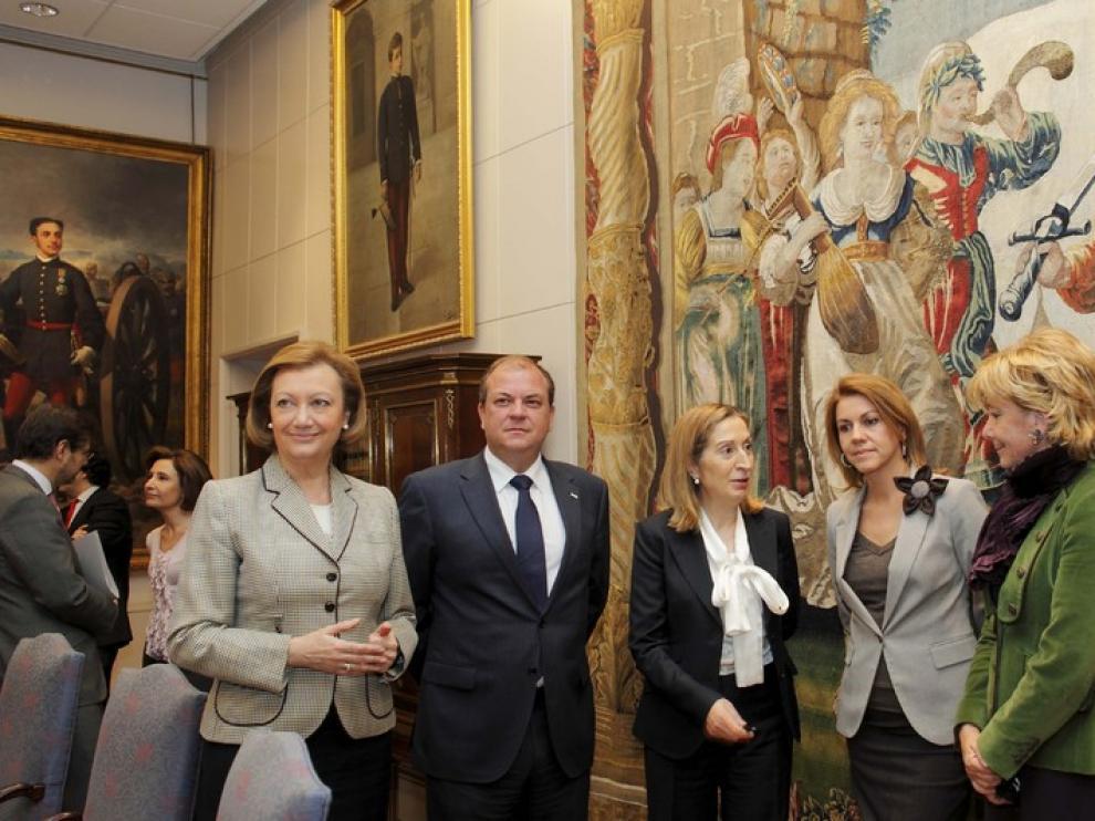 La ministra Ana Pastor se ha reunido con los presidentes autonómicos afectados por la TCP