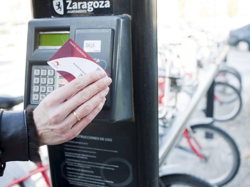 Uso de la tarjeta ciudadana en Bizi