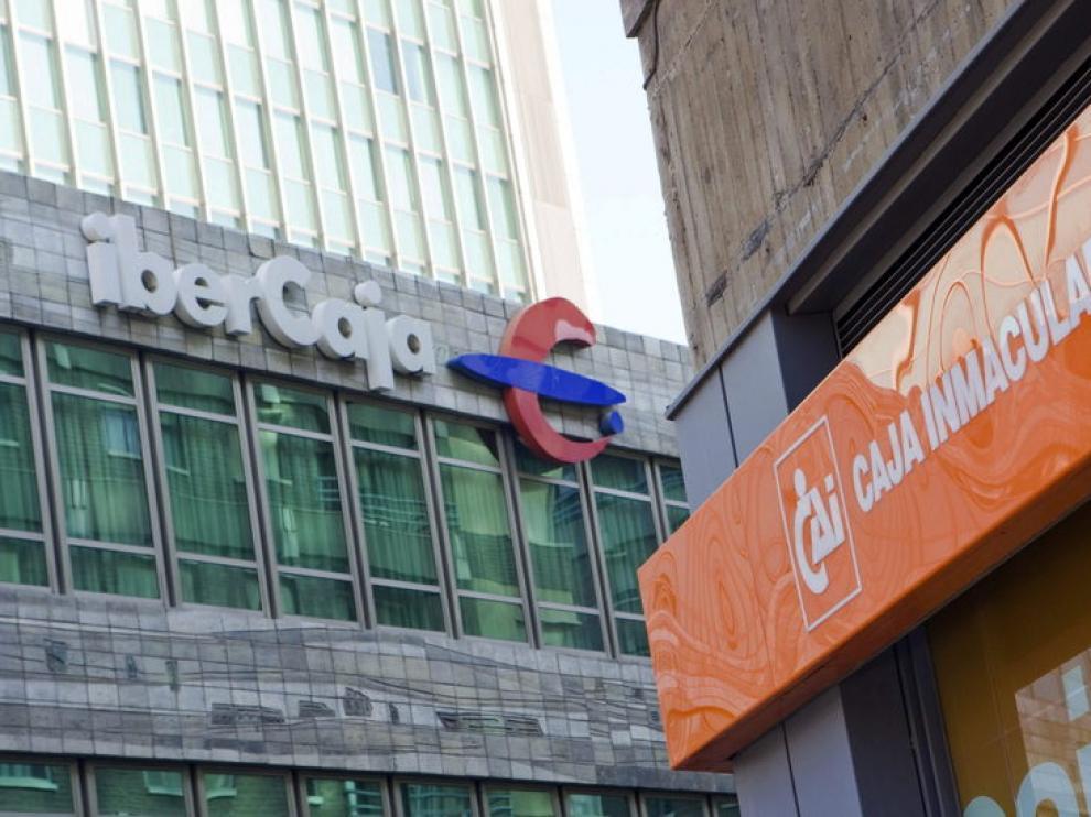 Oficinas de Ibercaja y CAI en Zaragoza