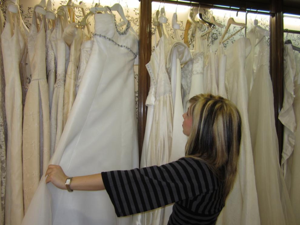 Cada vez menos novias van a la 'caza' de un vestido