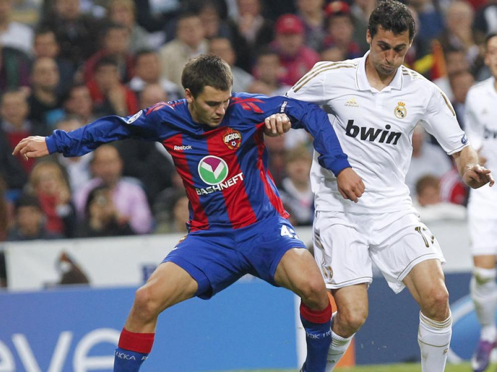 Álvaro Arbeloa durante un partido