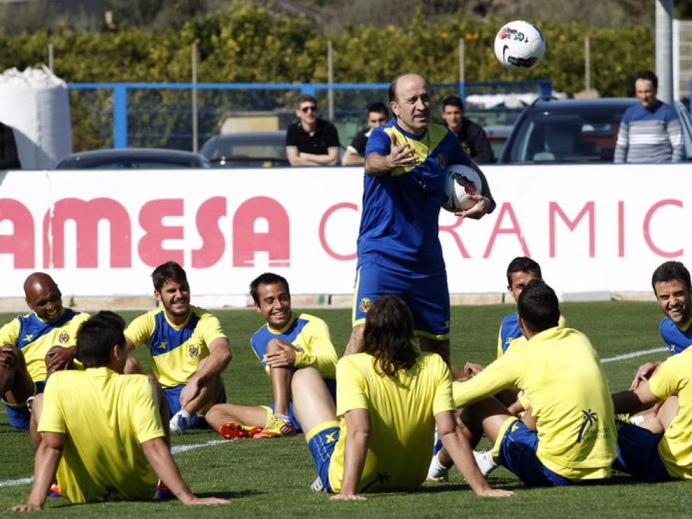 Primer entrenamiento del técnico del Villarreal