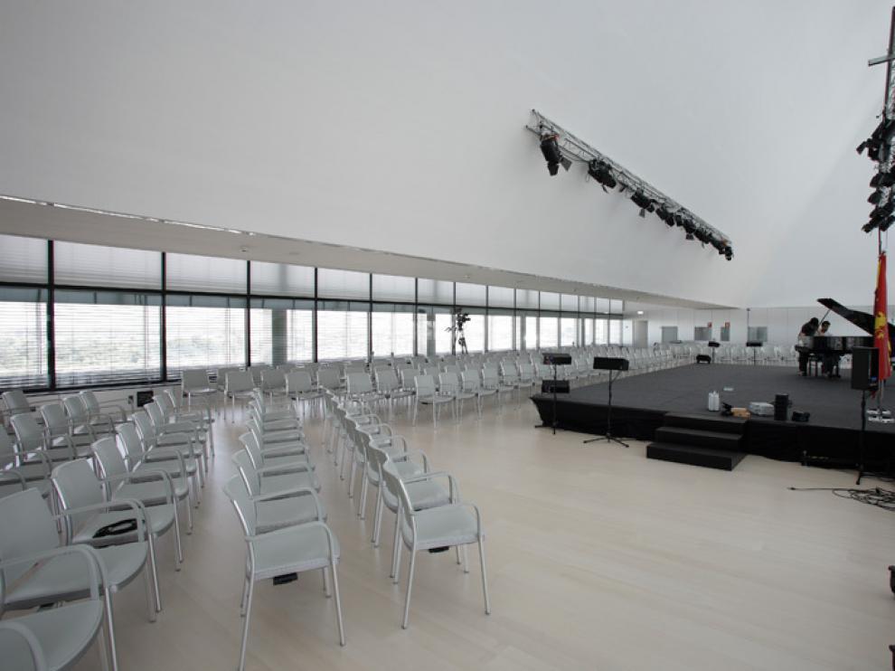 Interior del Palacio de Congresos de la Expo