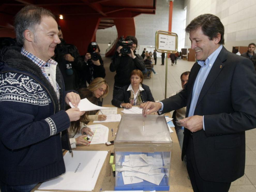 Javier Fernández, candidato del PSOE en Asturias