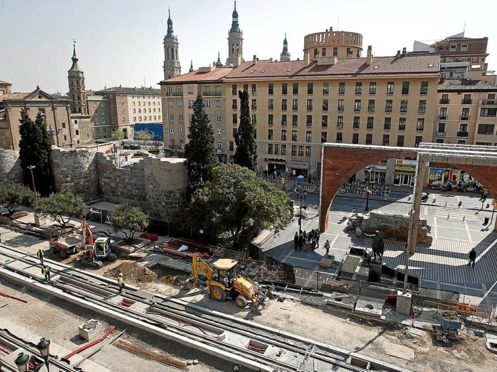 Imagen de las murallas junto al Mercado Central.
