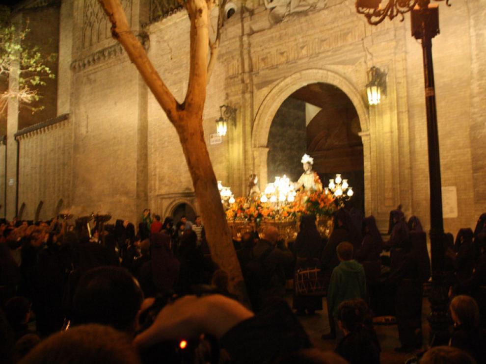 Salida del paso de la Conversión de María Magdalena de San Miguel de los Navarros