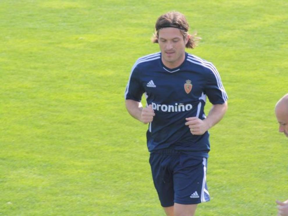 Lanzaro durante un entrenamiento con el Real Zaragoza
