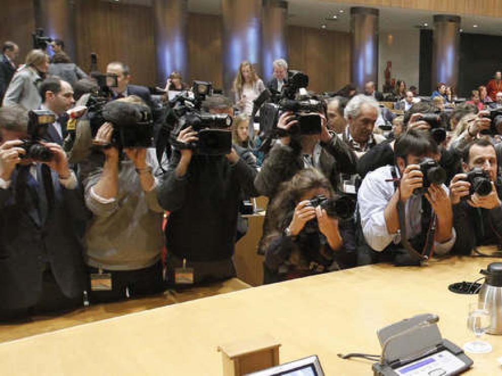 Montoro presentó los presupuestos para 2012