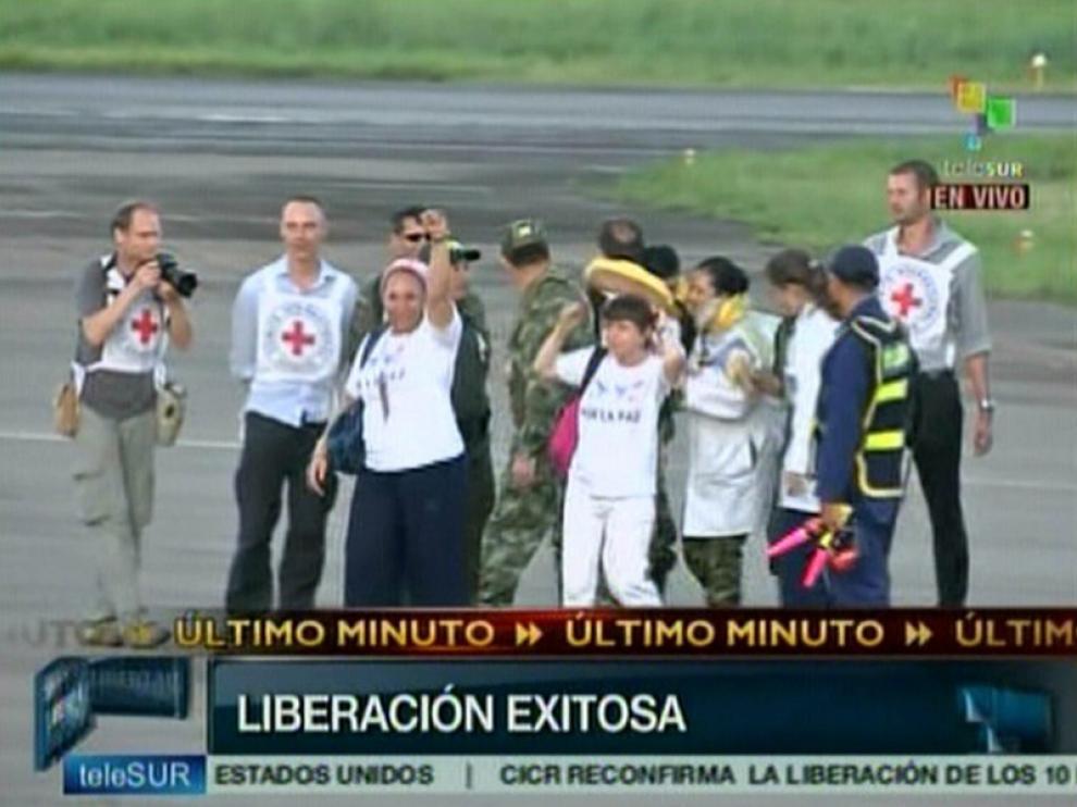 La cadena Telesur mostraba imágenes del éxito de la operación