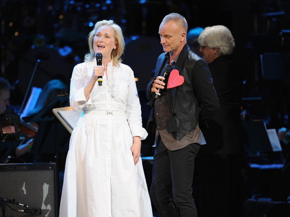 Actores de la talla de Meryl Streep y cantantes como Sting o Elton John participaron ayer en el concierto que la fundación The Rainforest organizó en el Carnegie Hall de Nueva York. Un evento que sirvió para recoger fondos en la lucha contra el cambio climático y los efectos de la deforestación.