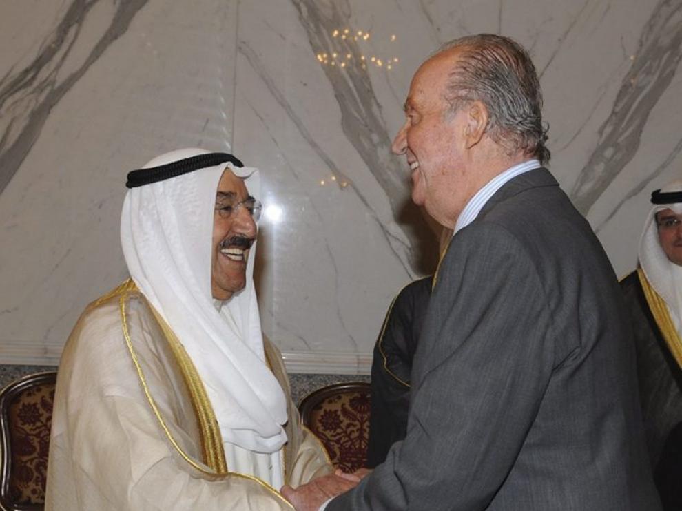 El Rey impulsa en Kuwait la cooperación económica