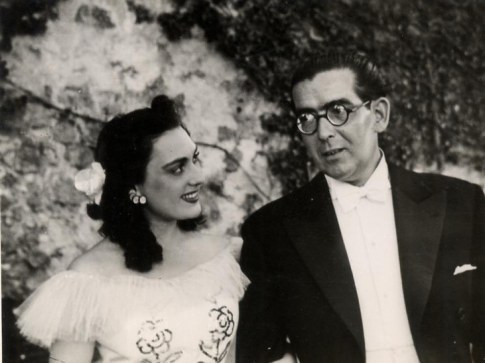 Mari Paz, junto al compositor Manuel Quiroga