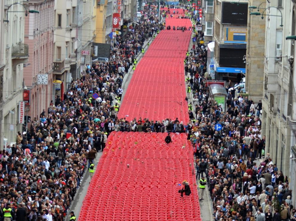 Miles de sillas vacías recordaban a los muertos