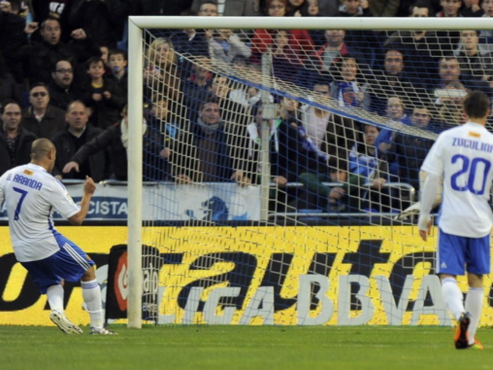 El Zaragoza falló un penalti