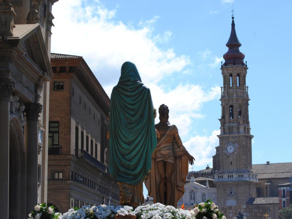 Encuentro Glorioso de 2012 en la plaza del Pilar