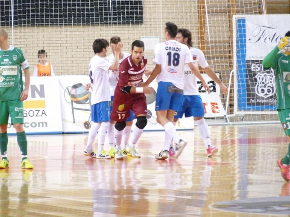 Umacón Zaragoza celebra un gol ante Triman Navarra