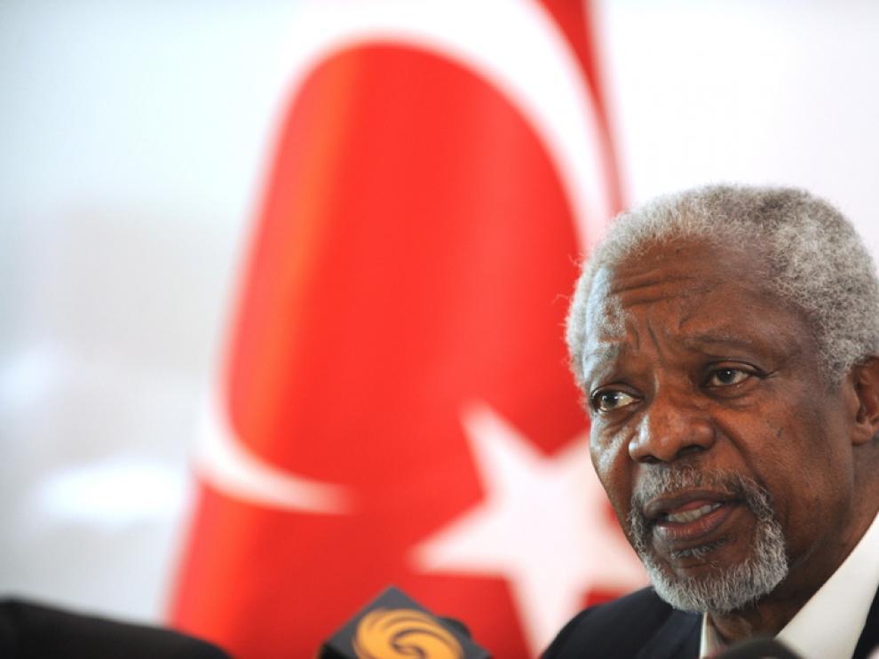 Annan defiende su plan pese a la violencia y los intereses internacionales
