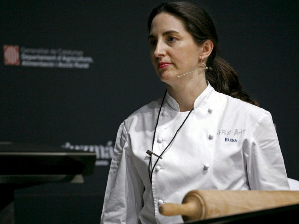 Arzak durante una charla de cocina