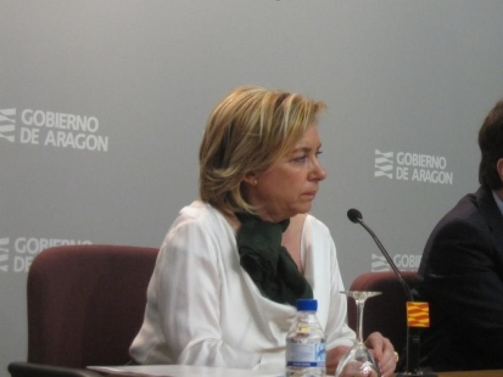 La consejera Dolores Serrat