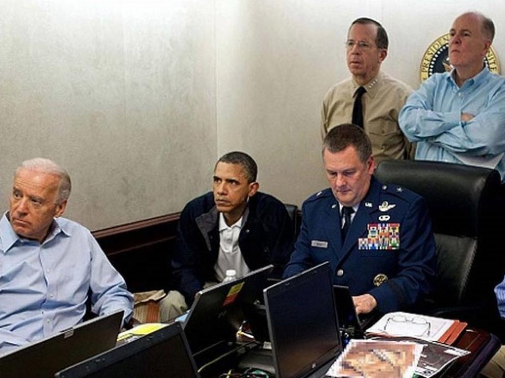Osama Bin Laden fue ejecutado por los 'Navy Seals' bajo la antenta mirada la Casa Blanca.