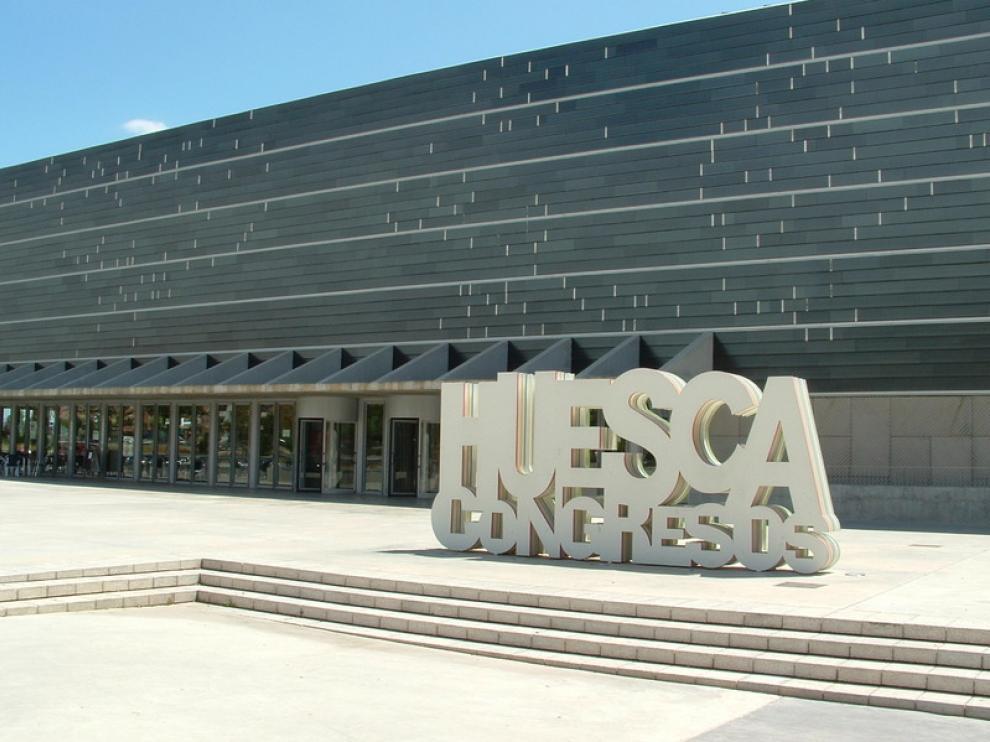 El exterior del Palacio de Congresos de Huesca.