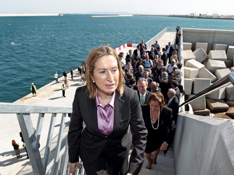 Ana Pastor, durante su visita a Valencia