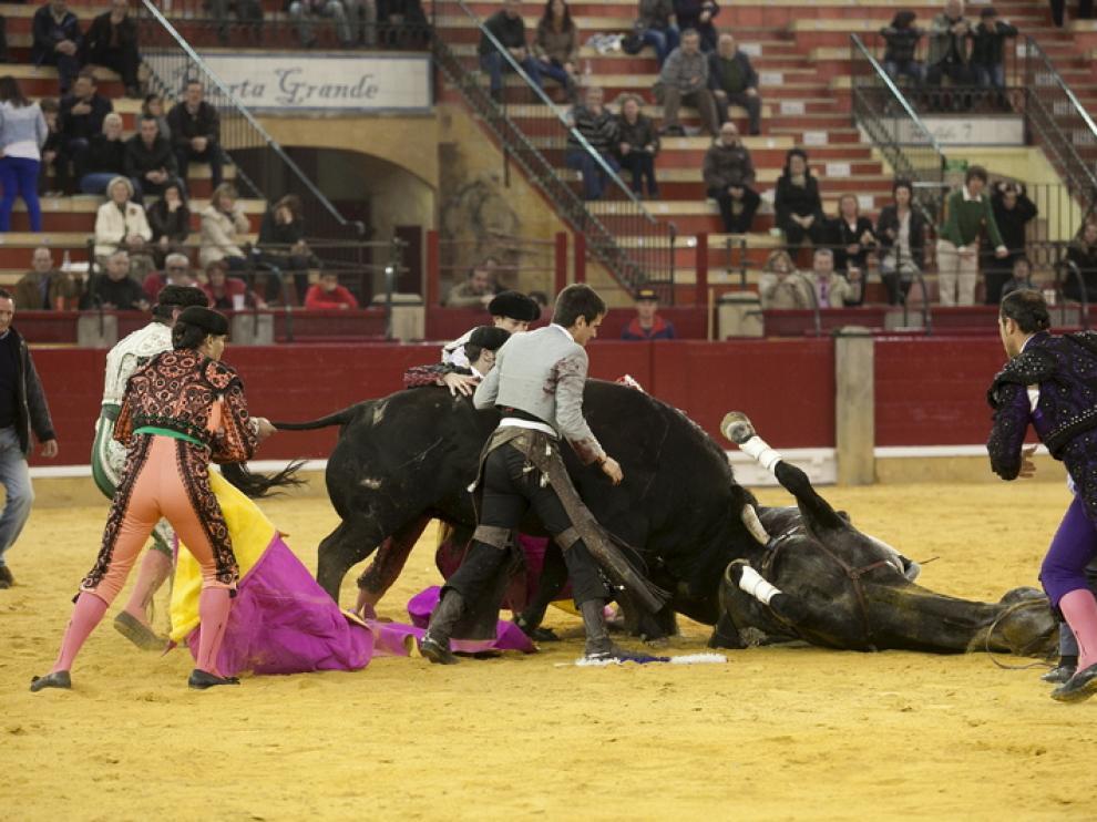 Cornada al caballo 'Turronero'