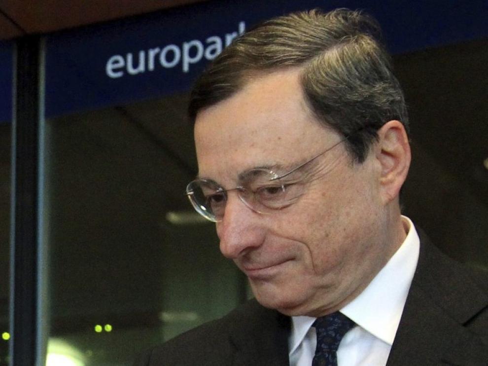 Draghi en su llegada al Parlamento Europeo