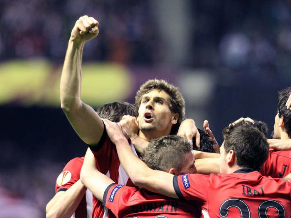 Llorente celebra gol