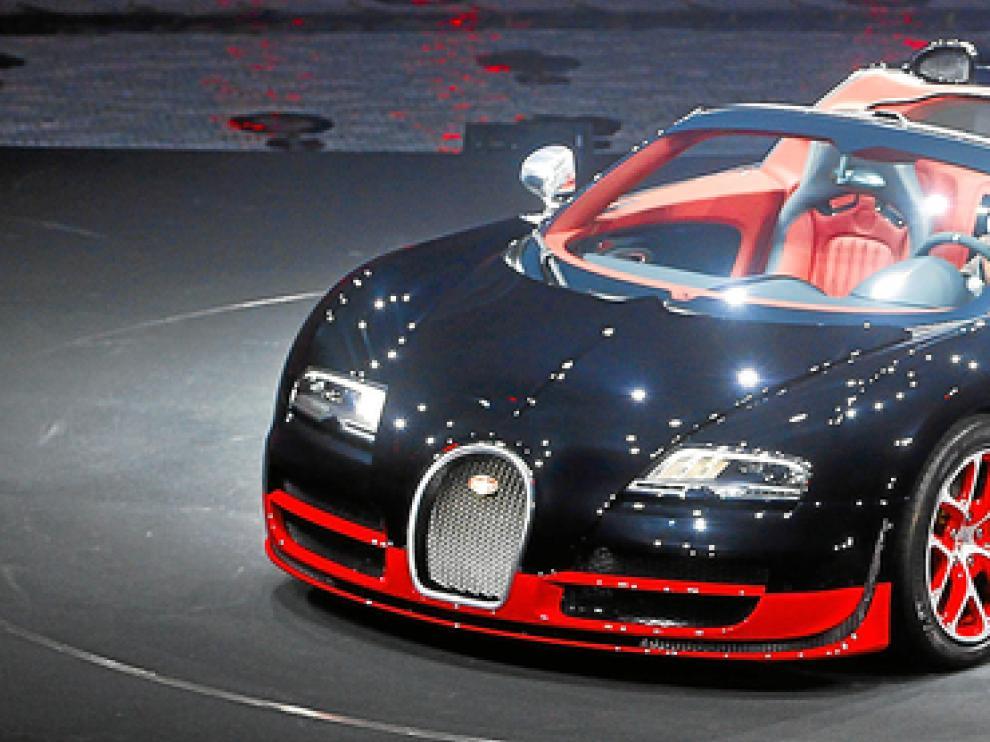 El Veyron de Bugati, marca que pertenece a Volkswagen, fue uno de los protagonistas en esta muestra.