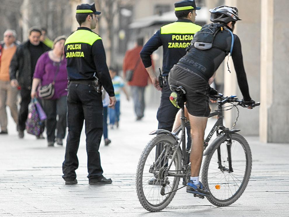 Estudian incorporar aceras bici.