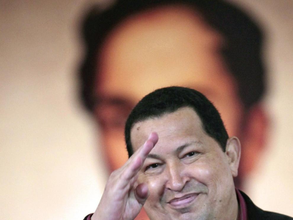 El presidente de Venezuela, Hugo Chávez, se ha emocionado al anunciar su vuelta a Cuba.