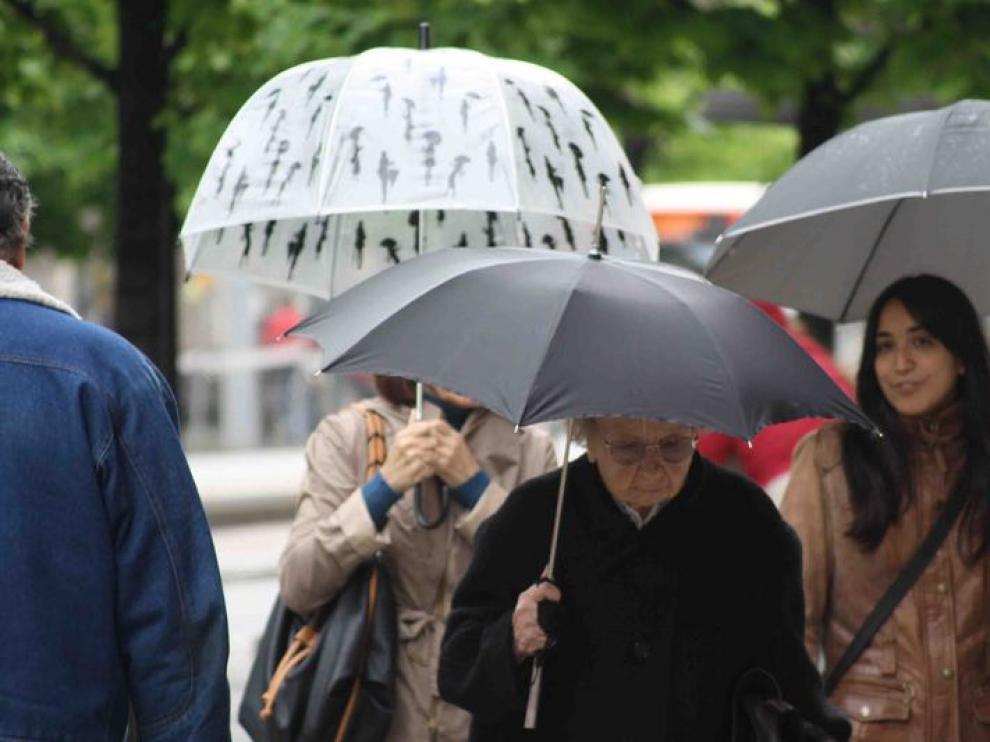 Riesgo de lluvias fuertes en el norte y este de Aragón